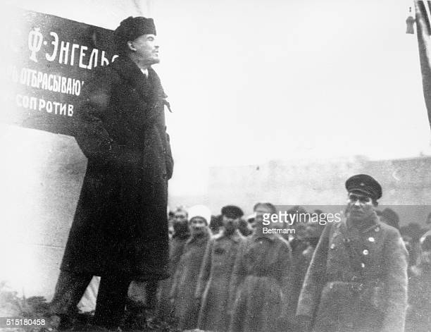 Vladimir Lenin addresses a crowd during the unveiling of the monument to Karl Marx in Moscow