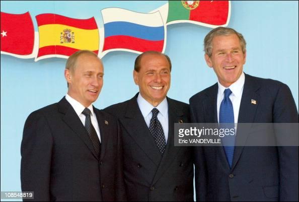 ¿Cuánto mide Silvio Berlusconi? - Altura - Real height Vladimir-putin-silvio-berlusconi-and-george-w-bush-in-rome-italy-on-picture-id108548819?s=594x594