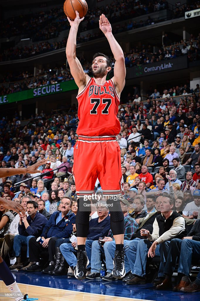 <a gi-track='captionPersonalityLinkClicked' href=/galleries/search?phrase=Vladimir+Radmanovic&family=editorial&specificpeople=201834 ng-click='$event.stopPropagation()'>Vladimir Radmanovic</a> #77 of the Chicago Bulls shoots against the Denver Nuggets on February 7, 2013 at the Pepsi Center in Denver, Colorado.