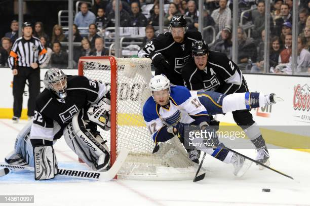 Vladimir Sobotka of the St Louis Blues moves the puck behinf the net in front of Matt Greene of the Los Angeles Kings in the first period in Game...