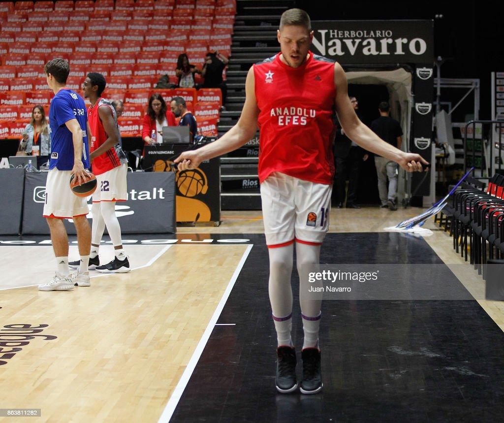 Valencia Basket v Anadolu Efes Istanbul - Turkish Airlines EuroLeague