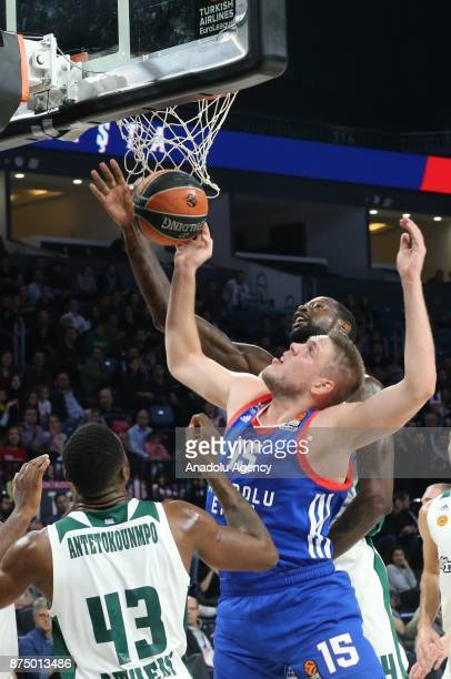 Vladimir Stimac of Anadolu Efes in action against Thanasis Antetokounmpo of Panathinaikos during the Turkish Airlines Euroleague match between...