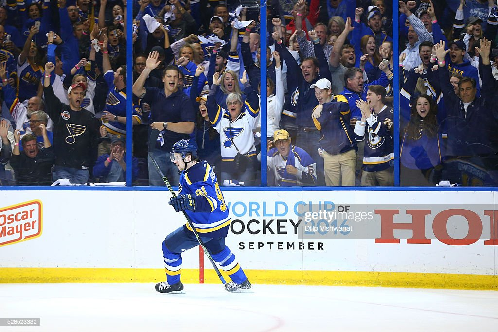 <a gi-track='captionPersonalityLinkClicked' href=/galleries/search?phrase=Vladimir+Tarasenko&family=editorial&specificpeople=6142635 ng-click='$event.stopPropagation()'>Vladimir Tarasenko</a> #91 of the St. Louis Blues celebrates after scoring a goal against the Dallas Stars in Game Four of the Western Conference Second Round during the 2016 NHL Stanley Cup Playoffs at the Scottrade Center on May 5, 2016 in St. Louis, Missouri.