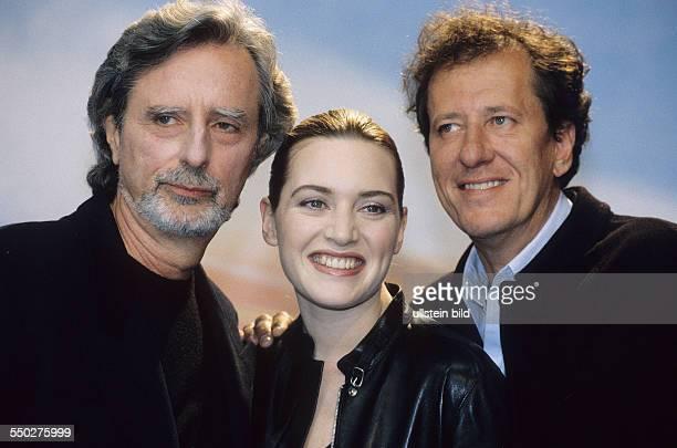 Regisseur Phillip Kaufmann Schauspielerin Kate Winslet und Schauspieler Geoffrey Rush während der 51 Internationalen Filmfestspiele in Berlin