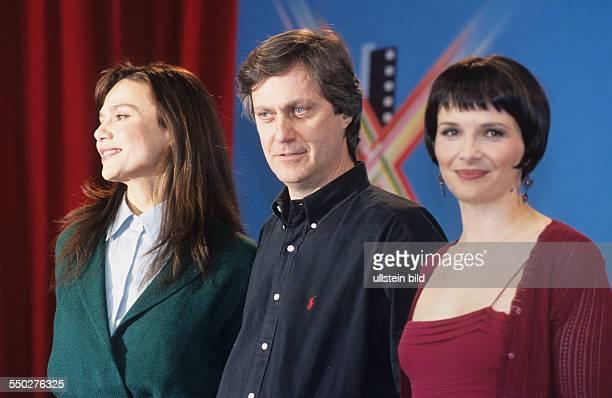 Schauspielerin Lena Olin Regisseur Lasse Hallström und Schauspielerin Juliet Binoche während der 51 Internationalen Filmfestspiele in Berlin