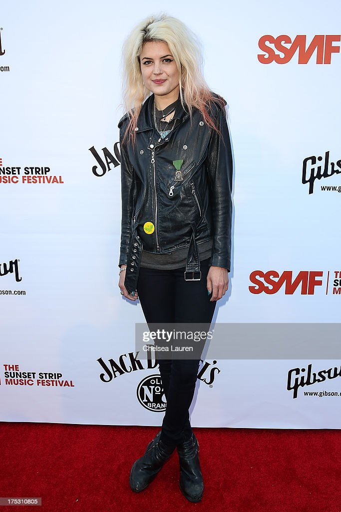 Vocalist Alison Mosshart of The Kills arrives at the 6th annual Sunset Strip Music Festival launch party honoring Joan Jett at House of Blues Sunset Strip on August 1, 2013 in West Hollywood, California.