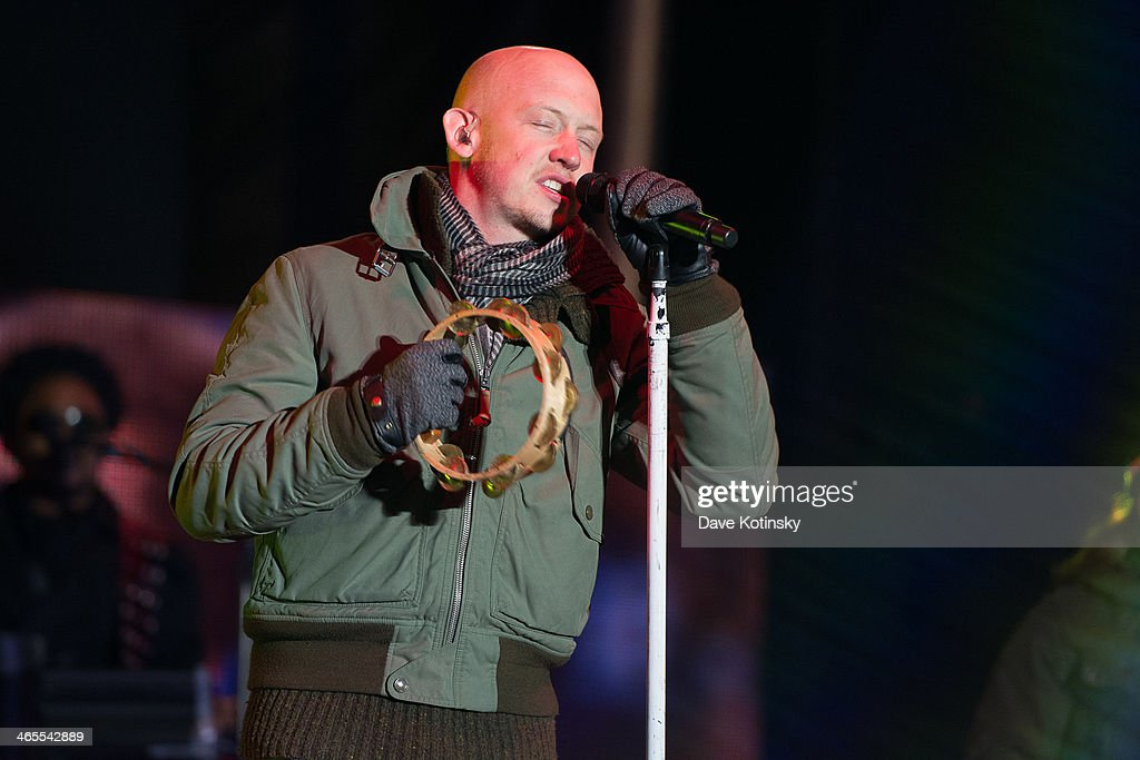 Vocalist <a gi-track='captionPersonalityLinkClicked' href=/galleries/search?phrase=Isaac+Slade&family=editorial&specificpeople=537604 ng-click='$event.stopPropagation()'>Isaac Slade</a> of the rock band The Fray perform during the Super Bowl Kickoff Spectacular at Liberty State Park on January 27, 2014 in Jersey City, New Jersey.