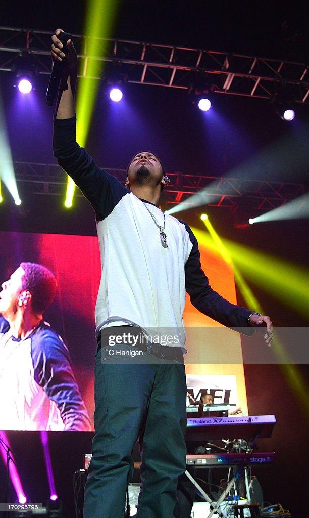 Vocalist <a gi-track='captionPersonalityLinkClicked' href=/galleries/search?phrase=J.+Cole&family=editorial&specificpeople=5958978 ng-click='$event.stopPropagation()'>J. Cole</a> performs during the 2013 KMEL Summer Jam at ORACLE Arena on June 9, 2013 in Oakland, California.