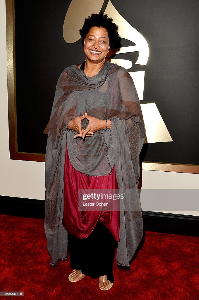 Vocalist <a gi-track='captionPersonalityLinkClicked' href=/galleries/search?phrase=Lisa+Fischer&family=editorial&specificpeople=2034470 ng-click='$event.stopPropagation()'>Lisa Fischer</a> attends The 57th Annual GRAMMY Awards at the STAPLES Center on February 8, 2015 in Los Angeles, California.
