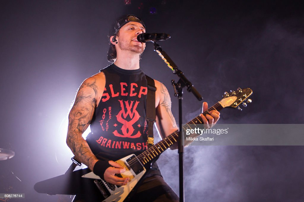 Vocalist Matthew Tuck of Bullet For My Valentine performs at The ...