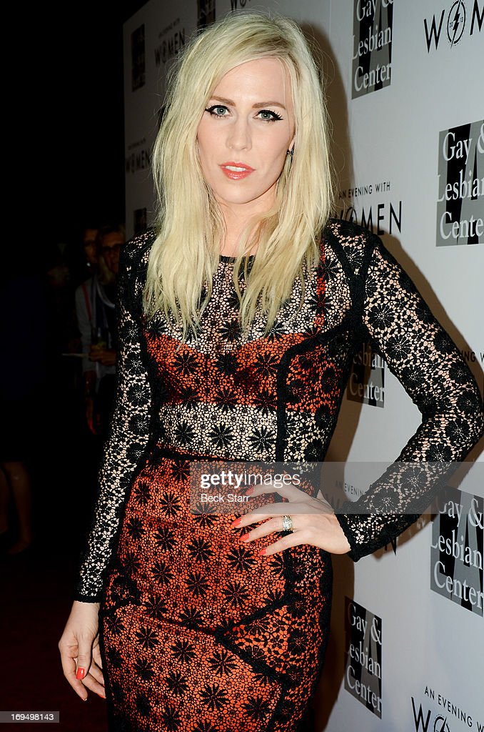 Vocalist <a gi-track='captionPersonalityLinkClicked' href=/galleries/search?phrase=Natasha+Bedingfield&family=editorial&specificpeople=171728 ng-click='$event.stopPropagation()'>Natasha Bedingfield</a> arrives at the L.A. Gay & Lesbian Center's 2013 'An Evening With Women' gala at The Beverly Hilton Hotel on May 18, 2013 in Beverly Hills, California.