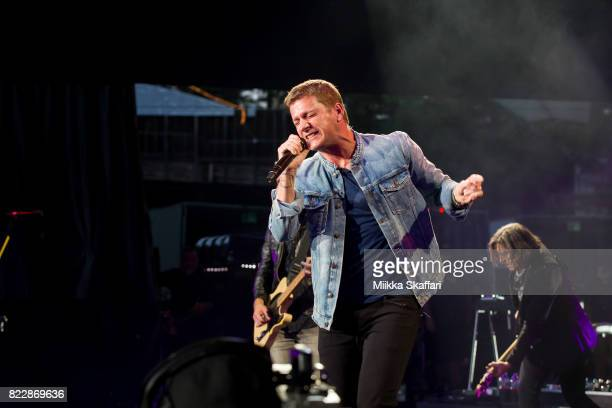 Vocalist Rob Thomas of Matchbox Twenty performs at Shoreline Amphitheatre on July 25 2017 in Mountain View California