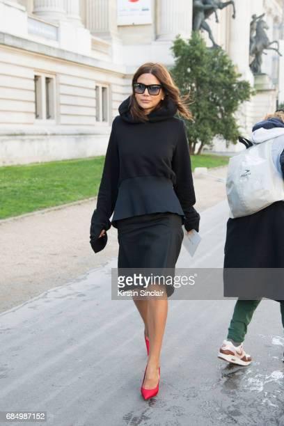 Vogue Australia senior fashion editor Christine Centenera wears on day 3 during Paris Fashion Week Autumn/Winter 2017/18 on March 2 2017 in Paris...
