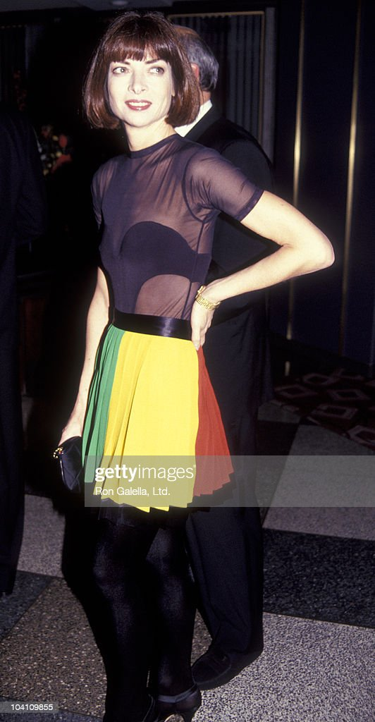 Vogue Editor Anna Wintour attends 12th Annual Burden Awards Honoring Yasmin Aga Khan on December 2, 1991 at Rainbow Room in New York City.