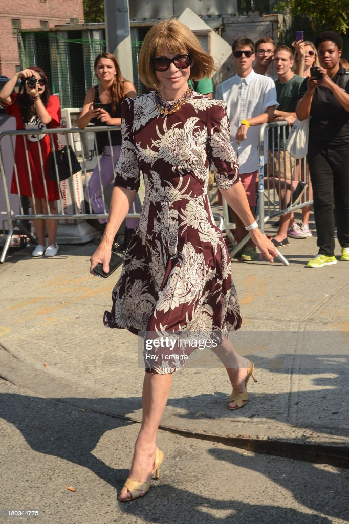 Vogue Editor-In-Chief Anna Wintour leaves the Mercedes-Benz Fashion Week at Lincoln Center for the Performing Arts on September 11, 2013 in New York City.