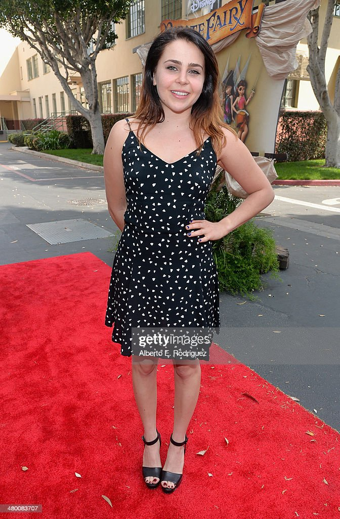 Voice actress <a gi-track='captionPersonalityLinkClicked' href=/galleries/search?phrase=Mae+Whitman&family=editorial&specificpeople=614218 ng-click='$event.stopPropagation()'>Mae Whitman</a> attends Disney's 'The Pirate Fairy' World Premiere at Walt Disney Studios on March 22, 2014 in Burbank, California. On Blu-ray and Digital HD April 1.