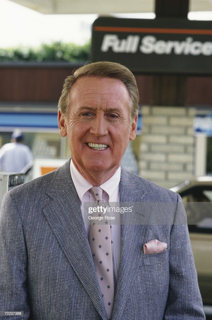 Voice of the Los Angeles Dodgers radio and television broadcasts Vin Scully poses for a 1987 photo in Los Angeles California