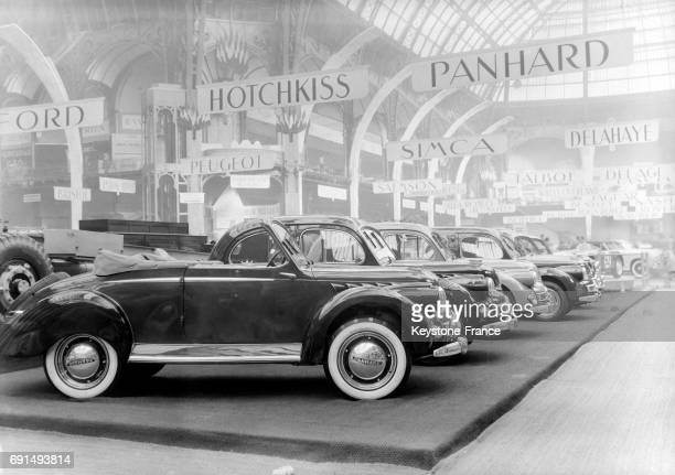 Voitures Panhard au Salon de l'auto à Paris France en 1950