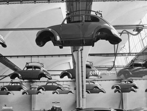 Volkswagen Beetle cars in production