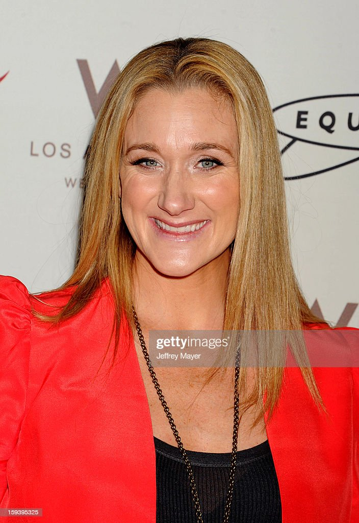 Volleyball Player Kerri Walsh arrives at CW3PR Presents the inaugural 'Gold Meets Golden' event at New Equinox Flagship on January 12, 2013 in Los Angeles, California.