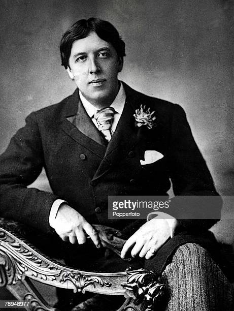 Volume 2 Page 116 Picture Portrait of Oscar Wilde Irish playwright novelist essayist and poet