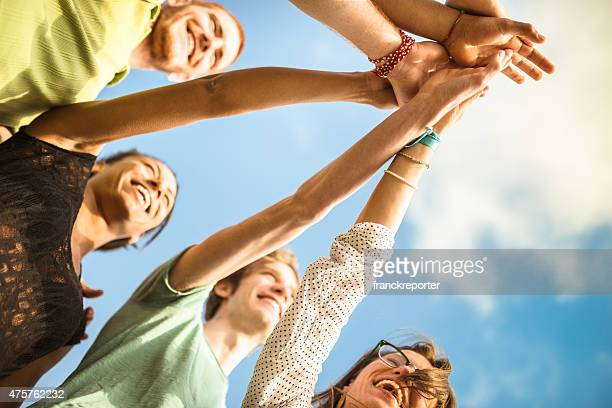volunteer Freunden Zusammenhalt