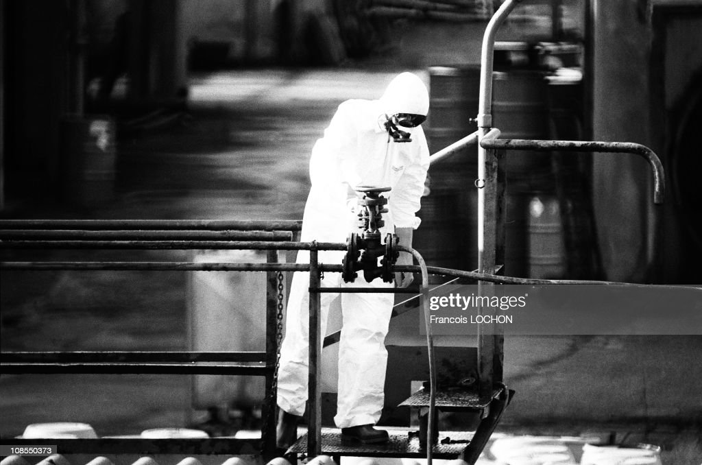 Sevesco chemical disaster in Sevesco, Italy in August , 1976 ...