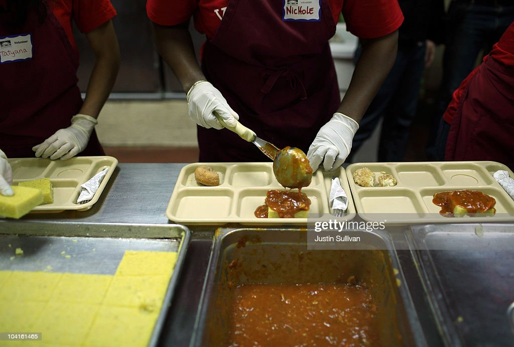 Poverty rate rises to 15 year high getty images for Loaves and fishes sacramento