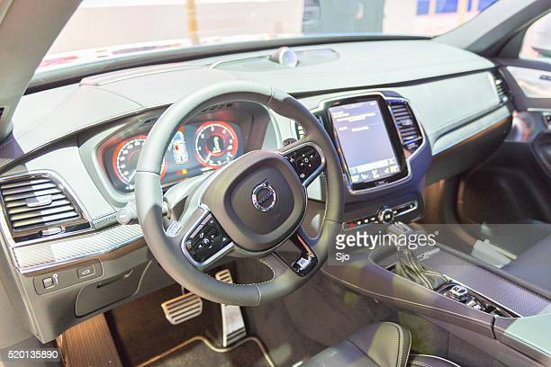 Volvo XC90 mid-size luxury crossover SUV interior