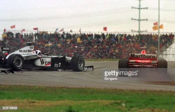GP von ARGENTINIEN 1998 Buenos Aires David COULTHARD rammt Michael SCHUMACHER