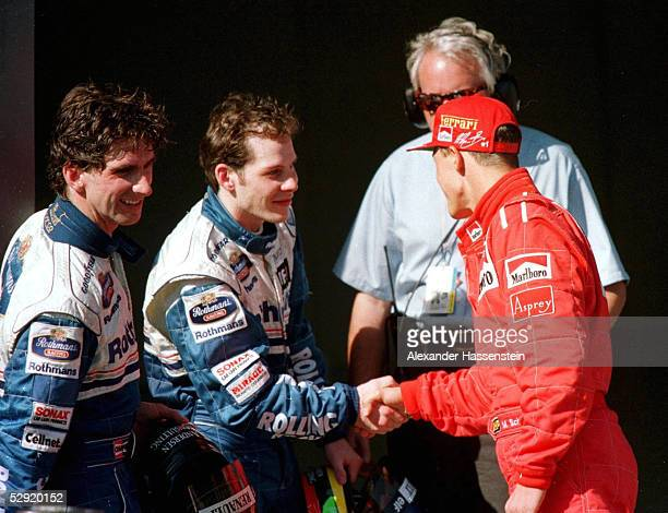 FORMEL 1 GP von Australien in Melbourne 10396 Damon HILL Jacques VILLENEUVE und Michael SCHUMACHER