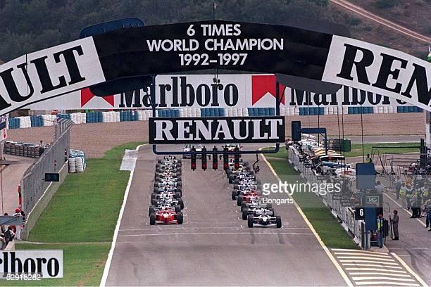 GP von EUROPA 1997 Jerez START Pole Position Jacques VILLENEUVE/WILLIAMS RENAULT 2 Michael SCHUMACHER/FERRARI