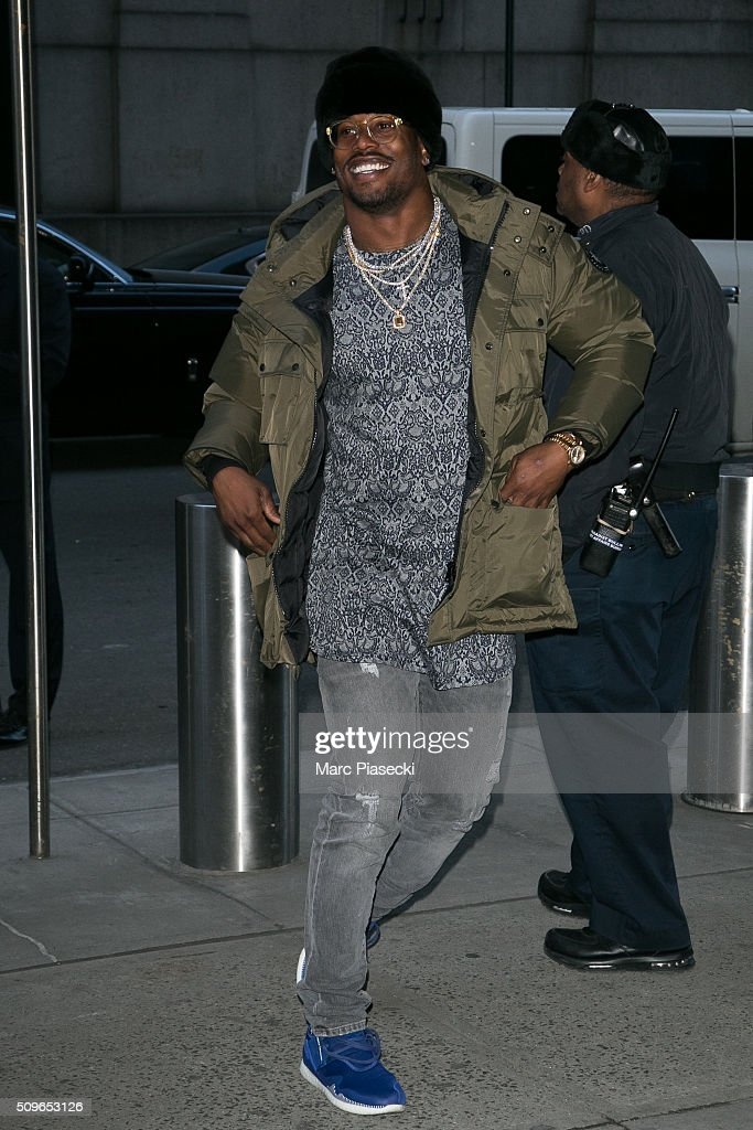 <a gi-track='captionPersonalityLinkClicked' href=/galleries/search?phrase=Von+Miller&family=editorial&specificpeople=7125735 ng-click='$event.stopPropagation()'>Von Miller</a> arrives to attend the 'Kanye West Yeezy Season 3' at Madison Square Garden on February 11, 2016 in New York City.