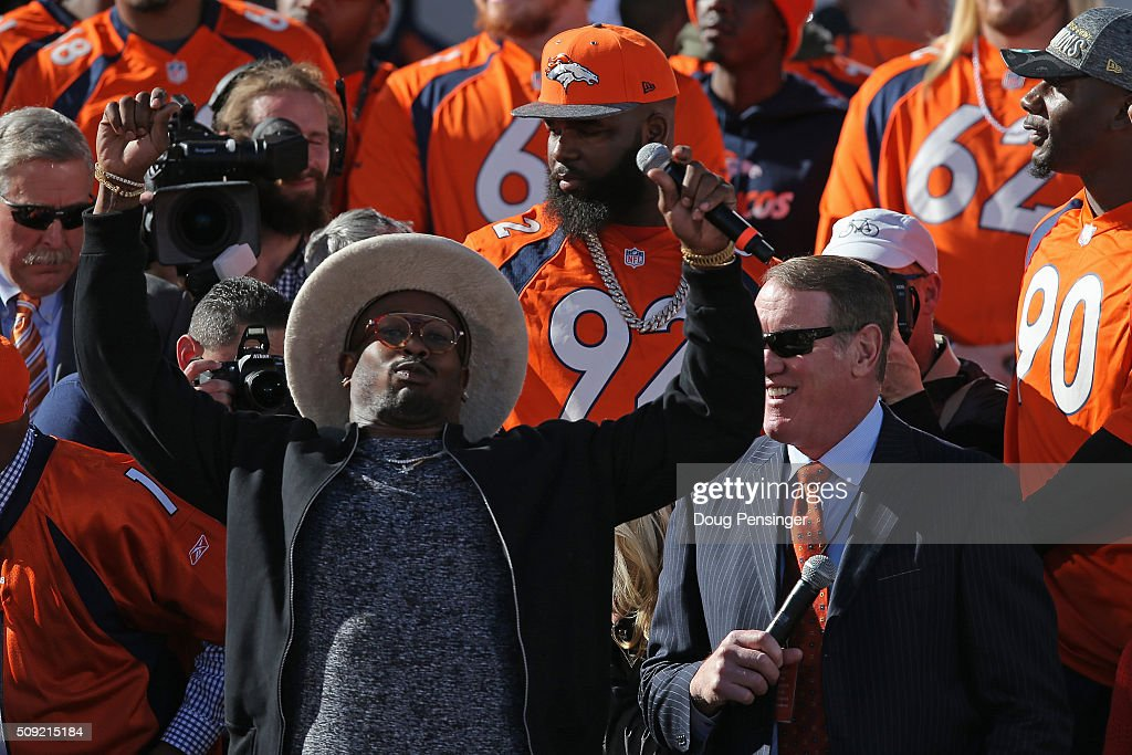 <a gi-track='captionPersonalityLinkClicked' href=/galleries/search?phrase=Von+Miller&family=editorial&specificpeople=7125735 ng-click='$event.stopPropagation()'>Von Miller</a> of the Denver Broncos and Super Bowl MVP addresses the crowd as he talks with Dave Logan as he and his Super Bowl 50 Champion Denver Broncos teammates are honored at a rally on the steps of the Denver City and County Building on February 9, 2016 in Denver, Colorado. The Broncos defeated the Carolina Panthers 24-10 in Super Bowl 50.