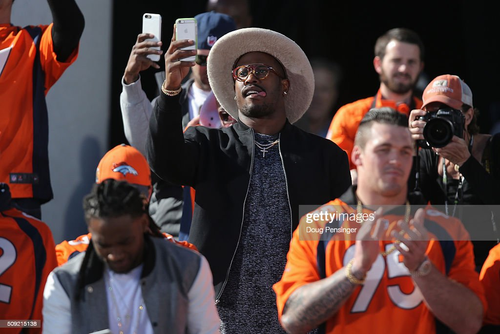 <a gi-track='captionPersonalityLinkClicked' href=/galleries/search?phrase=Von+Miller&family=editorial&specificpeople=7125735 ng-click='$event.stopPropagation()'>Von Miller</a> of the Denver Broncos and Super Bowl MVP takes photos as he and his Super Bowl 50 Champion Denver Broncos teammates arrive for a rally at the Denver City and County Building on February 9, 2016 in Denver, Colorado. The Broncos defeated the Carolina Panthers 24-10 in Super Bowl 50.