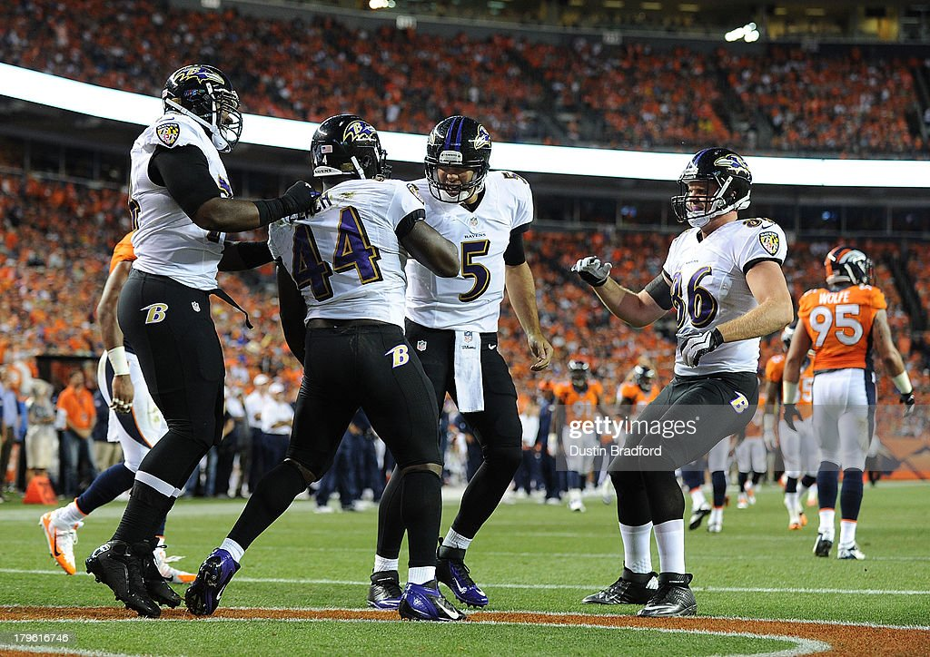 Vonta Leach of the Baltimore Ravens is congratulated by teammate Vonta Leach of the Baltimore Ravens after scoring a touchdown in the first quarter...