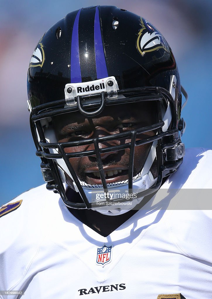 <a gi-track='captionPersonalityLinkClicked' href=/galleries/search?phrase=Vonta+Leach&family=editorial&specificpeople=2147886 ng-click='$event.stopPropagation()'>Vonta Leach</a> #44 of the Baltimore Ravens warms up before NFL game action against the Buffalo Bills at Ralph Wilson Stadium on September 29, 2013 in Orchard Park, New York.