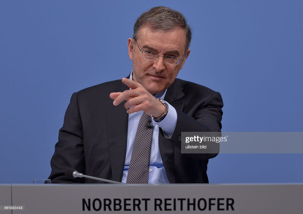 Vorstandsvorsitzender Norbert Reithofer waehrend der Bilanzpressekonferenz der BMW Group fuer das Geschaeftsjahr 2013 am 19 Maerz 2014 in Muenchen