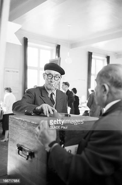 Vote Of The Referendum September 28 1958 In ChoisyLeRoi En France à Choisy le Roi le 28 septembre 1958 comme partout en France les électeurs se...