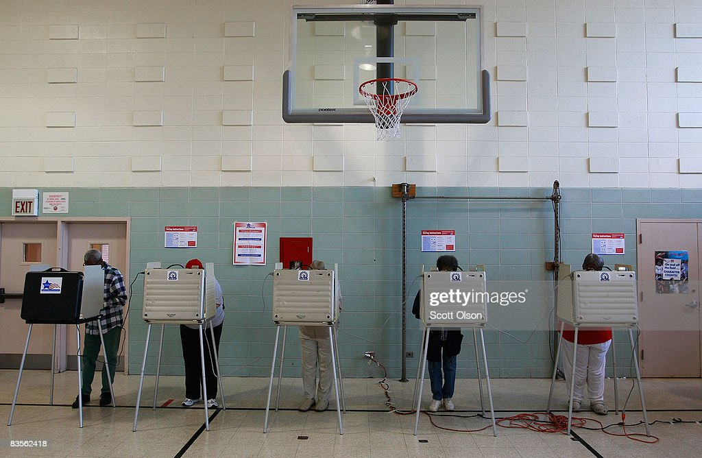 Voters cast their ballots at Dodge Elementary School November 4, 2008 in Chicago, Illinois. After nearly two years of presidential campaigning, U.S. citizens went to the polls today to vote in the election between Sen. John McCain (R-AZ) and Sen. Barack Obama (D-IL).