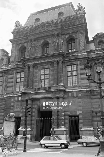 Vue de l'entrée du ministère des Finances à Paris le 27 septembre 1981 AFP PHOTO / AFP PHOTO /