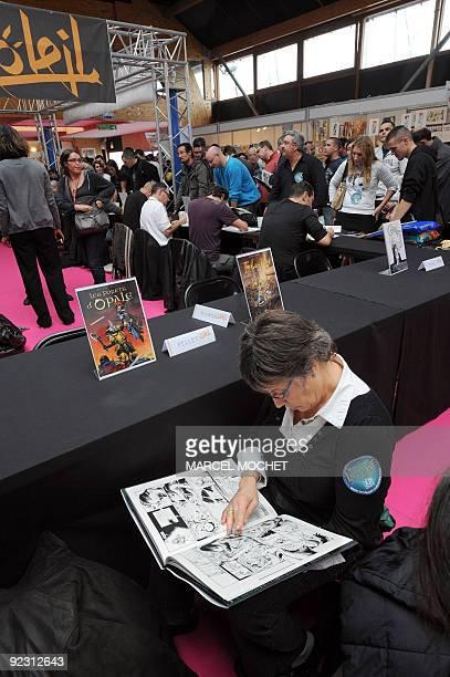 Vue partielle le 23 octobre 2009 à SaintMalo des travées du festival de la bande dessinée et de l'image projetée 'Quai des Bulles' rassemblant les...