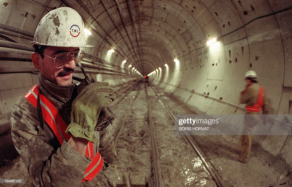 Image gallery eurotunnel construction for Construction de tunnel