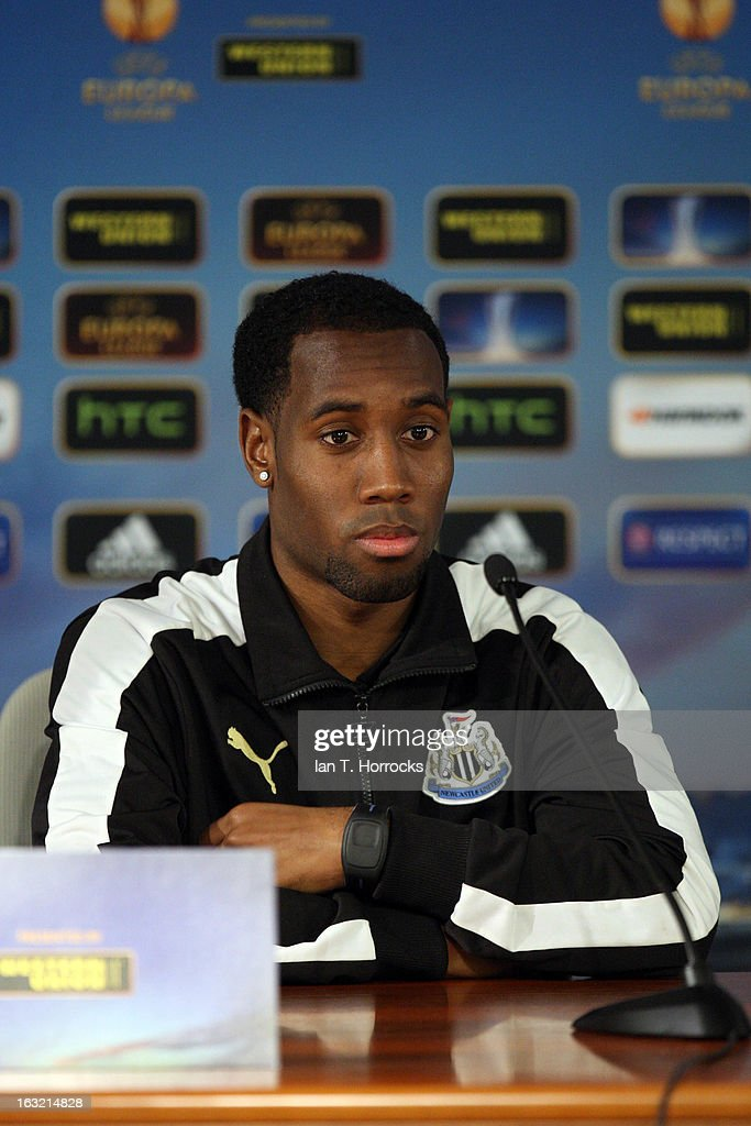 <a gi-track='captionPersonalityLinkClicked' href=/galleries/search?phrase=Vurnon+Anita&family=editorial&specificpeople=727839 ng-click='$event.stopPropagation()'>Vurnon Anita</a> of Newcastle United attends a press conference, ahead of their UEFA Europa League round of 16 first leg match against Anzhi Makhachkalaat, at the Luzhniki Stadium on March 6, 2013 in Moscow, Russia.