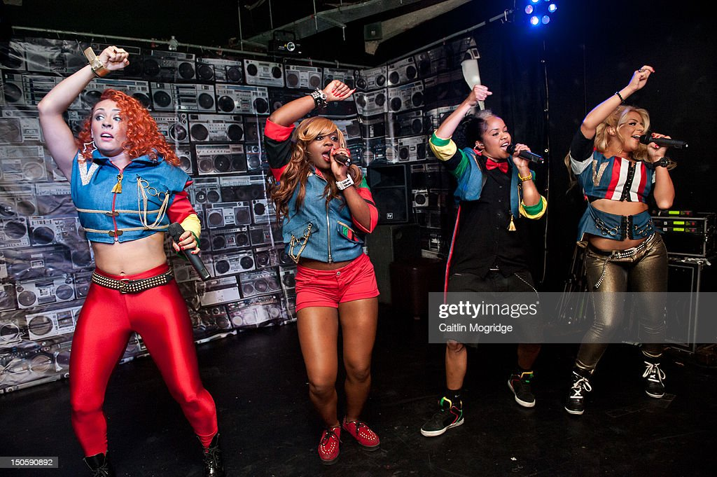 Vee, Cheekz and Jade of Vida perform on stage at Queen Of Hoxton on August 22, 2012 in London, United Kingdom.