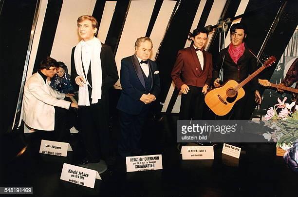 Wachsfiguren von Udo Jürgens Harald Juhnke Heinz Quermann Karel Gott Elvis Presley im Berliner Panoptikum 1995
