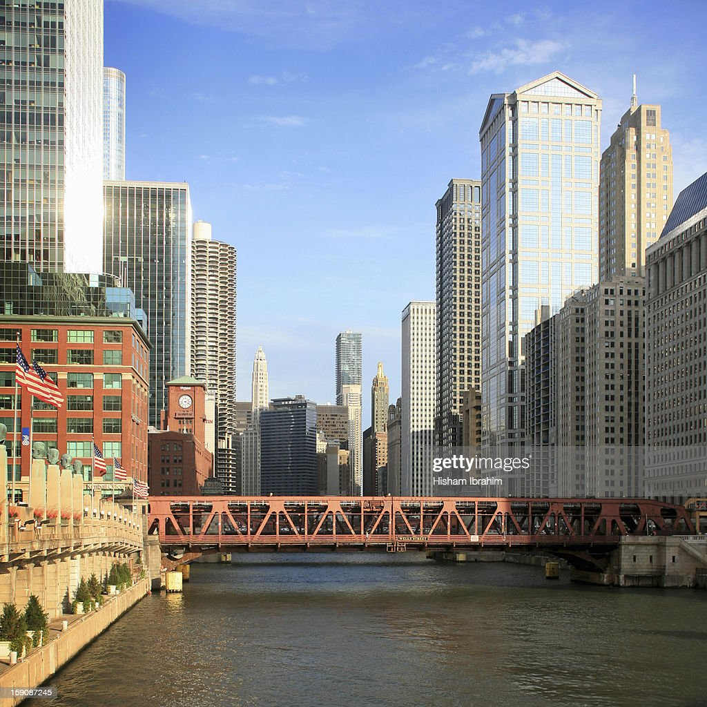 Wacker Drive, Marina Towers, Chicago River : Stock Photo