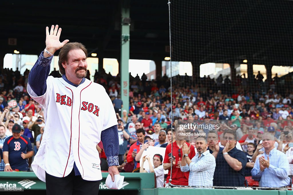 <a gi-track='captionPersonalityLinkClicked' href=/galleries/search?phrase=Wade+Boggs&family=editorial&specificpeople=209175 ng-click='$event.stopPropagation()'>Wade Boggs</a> acknowledges the crowd prior to his number 26 retirement ceremony before the game between the Boston Red Sox and the Colorado Rockies at Fenway Park on May 26, 2016 in Boston, Massachusetts.