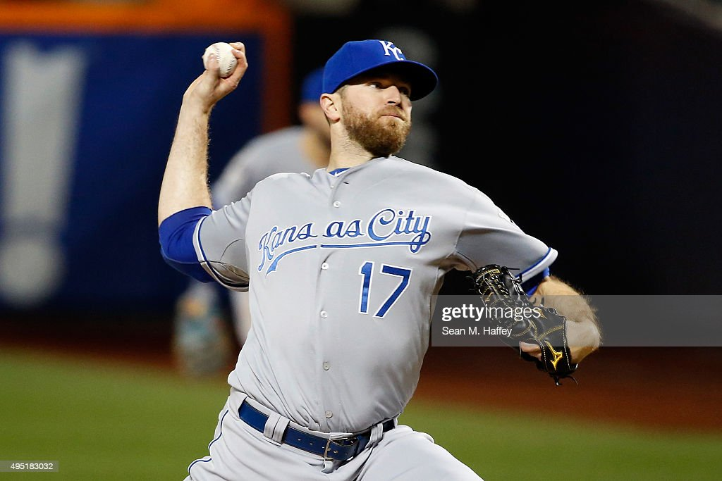 <a gi-track='captionPersonalityLinkClicked' href=/galleries/search?phrase=Wade+Davis+-+Baseball+Player&family=editorial&specificpeople=8202494 ng-click='$event.stopPropagation()'>Wade Davis</a> #17 of the Kansas City Royals pitches against the New York Mets during Game Four of the 2015 World Series at Citi Field on October 31, 2015 in the Flushing neighborhood of the Queens borough of New York City.