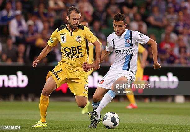 Wade Dekker of Melbourne controls the ball against Gyorgy Sandor of the Glory during the FFA Cup Semi Final match between Perth Glory and Melbourne...